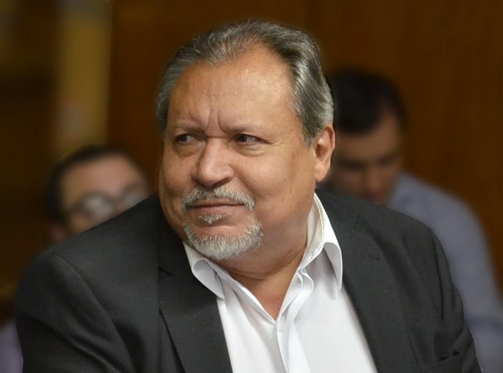 Profesor Esteban Benavídez, que en paz descanse
