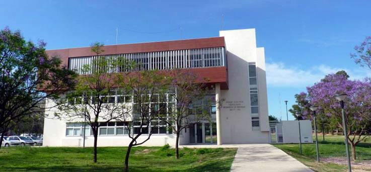 Frente del Edificio de la Incubadora de Empresas de la UNC