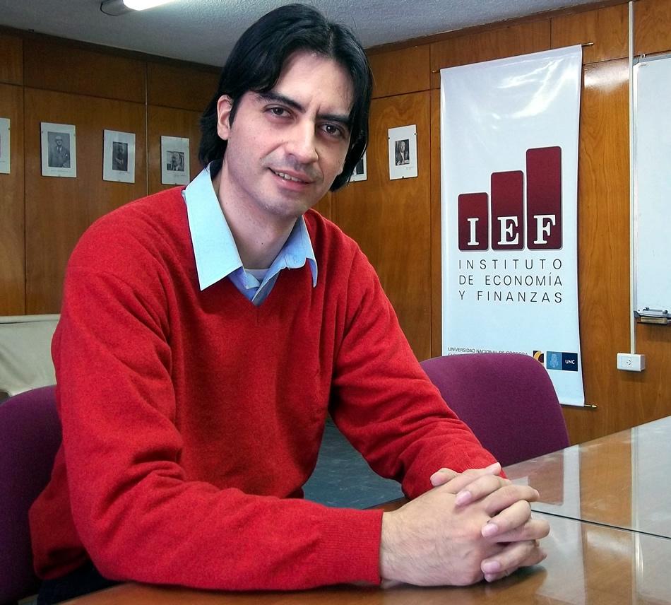 Lic. Jorge Mauricio Oviedo, investigador del Instituto de Economía y Finanzas (IEF)